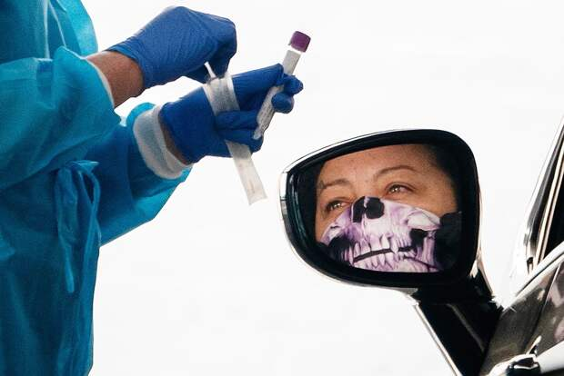«Богатая Америка неможет позволить людям пройти тест накоронавирус». Каспарайтис— опандемии вСША