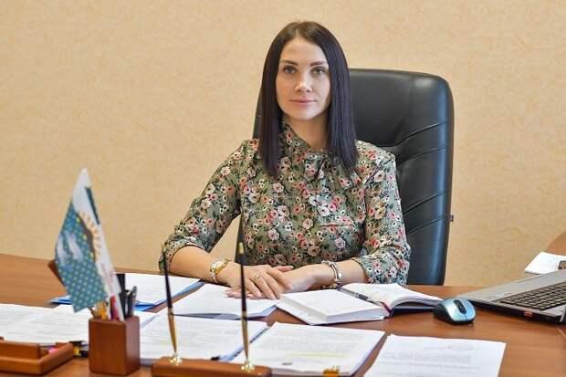 Сахалинский мэр щупал подчиненную во время видеоконференции - харассмент или нарушение социальной дистанции?