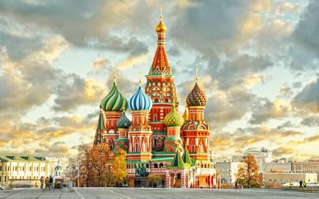 Россия вошла в десятку самых посещаемых стран в мире