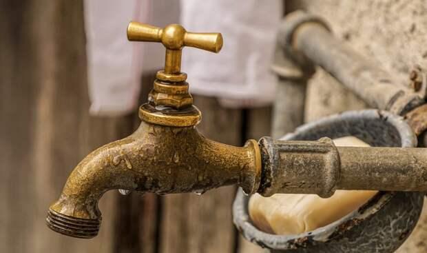 Где в Крыму сегодня отключили воду