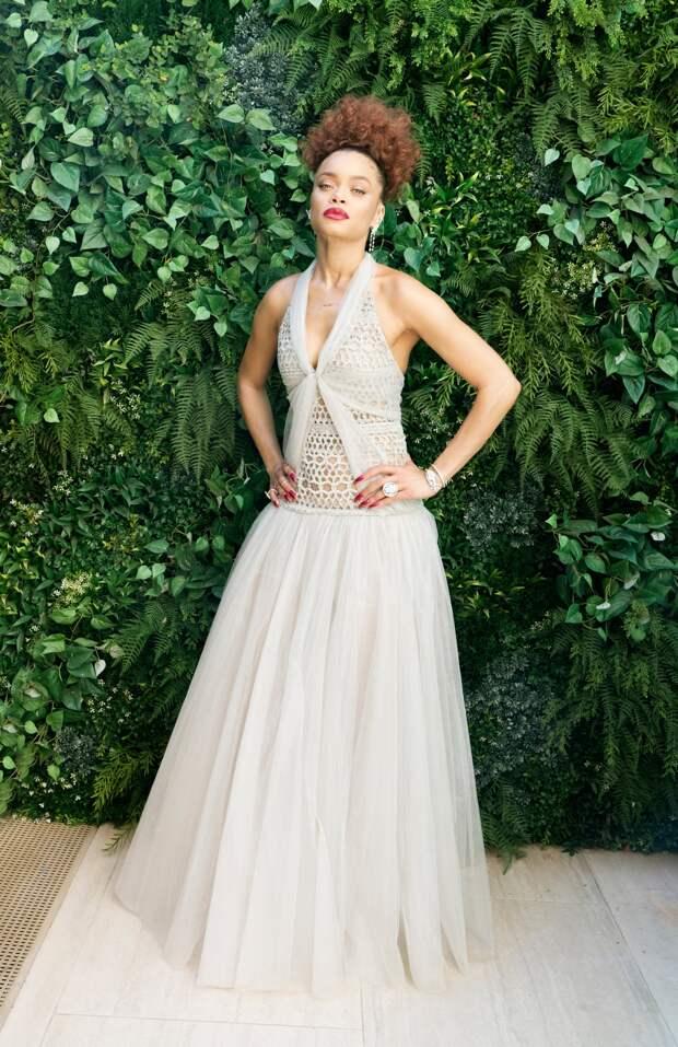 Андра Дей в Chanel Золотой глобус 2021
