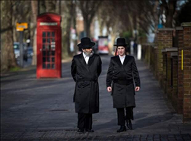 Британские лейбористы выгнали еврея за… антисемитизм