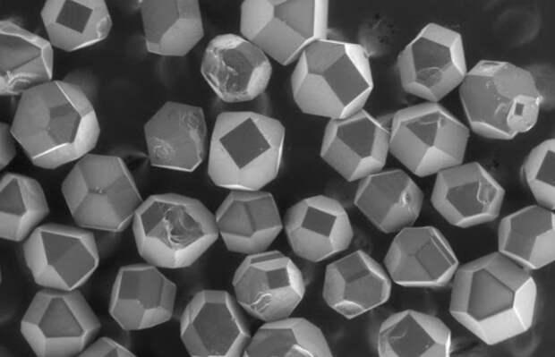 Ученые создали суспензии с уникальными свойствами на основе наноалмазов