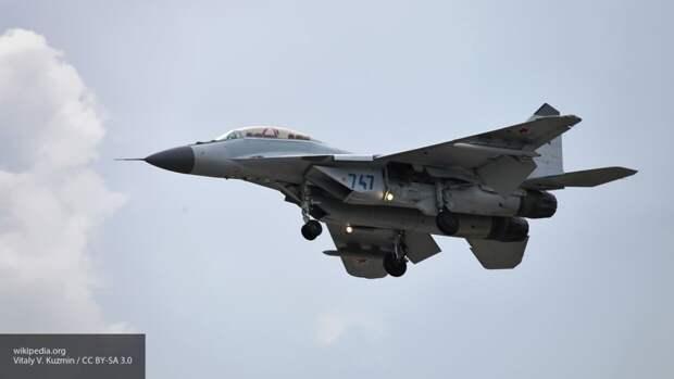Минобороны РФ показало видео транспортировки разобранного МиГ-29 на самолете Ан-22