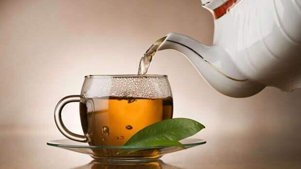 Чем опасен чай с сахаром - диетолог