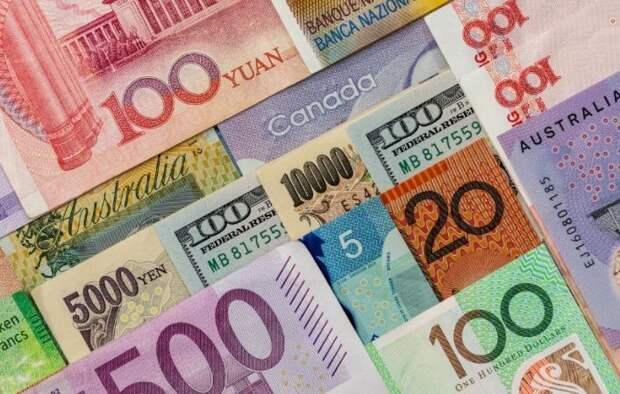 Официальные рыночные курсы валют на 30 апреля установил Нацбанк Казахстана