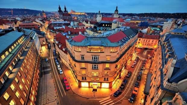 Чешские сенаторы призвали разорвать дружеские отношения с Россией