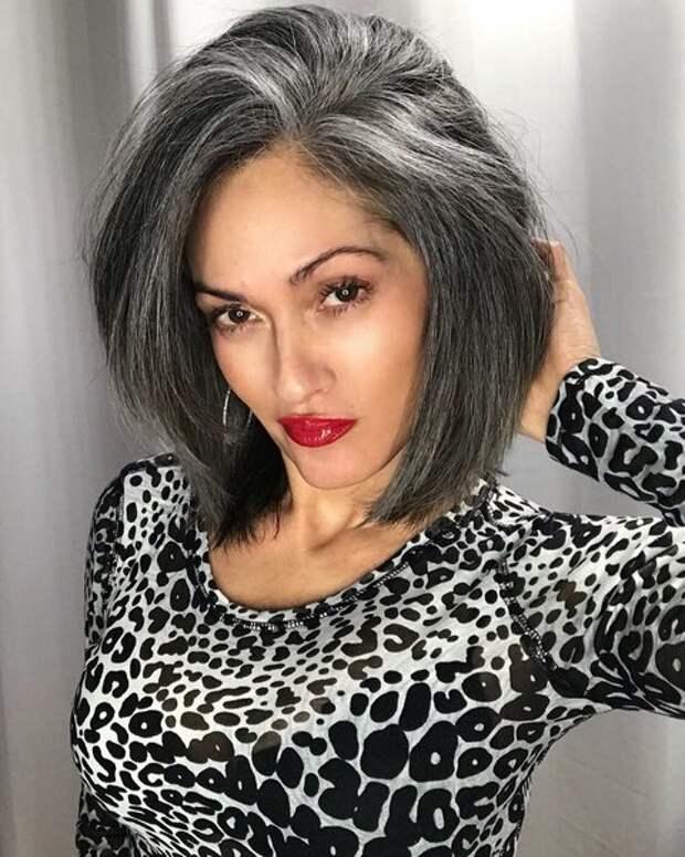 12 стильных и современных причёсок для женщин после 40