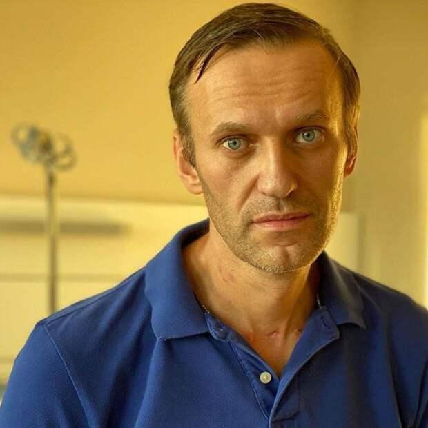 Сосновский: Навального вывели из комы на второй день пребывания в «Шарите»