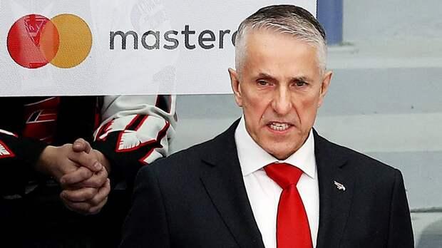 Главный тренер «Авангарда» Хартли покинул пресс-конференцию, недовольный вопросом журналиста