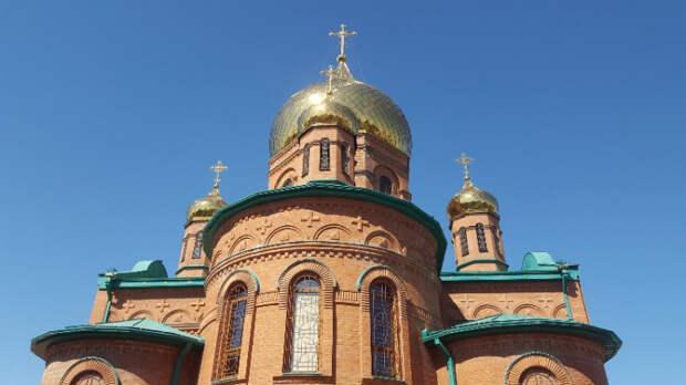 Православные церковные праздники в мае 2021: Пасха, Радоница и не только