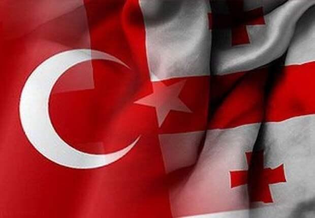 Премьер Грузии поздравил турецкого коллегу спроведением выборов