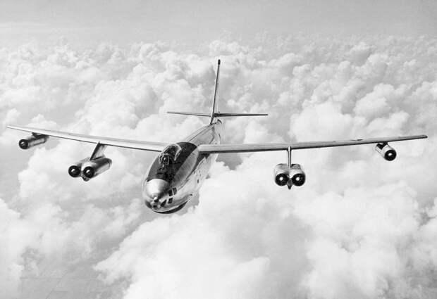 Самолет, с которого сбросили водородную бомбу. /Фото: avgeekery.com