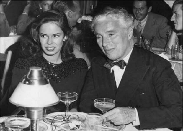 Чарли Чаплин с женой Уной.