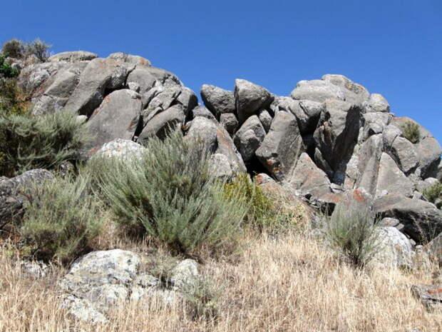 Неразгаданная тайна «Великой стены Калифорнии»