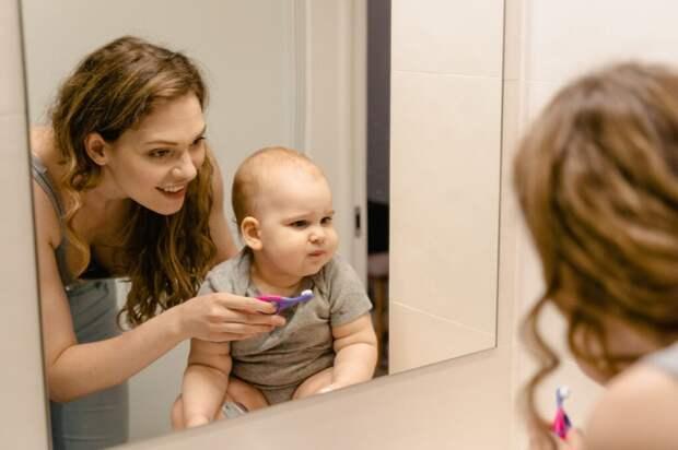 Как избежать кариеса у детей? Особенности ухода за зубами от рождения до 12 лет