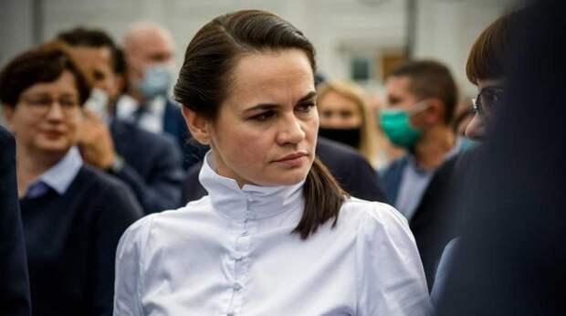 Тихановскую уговорили сесть на место Лукашенко