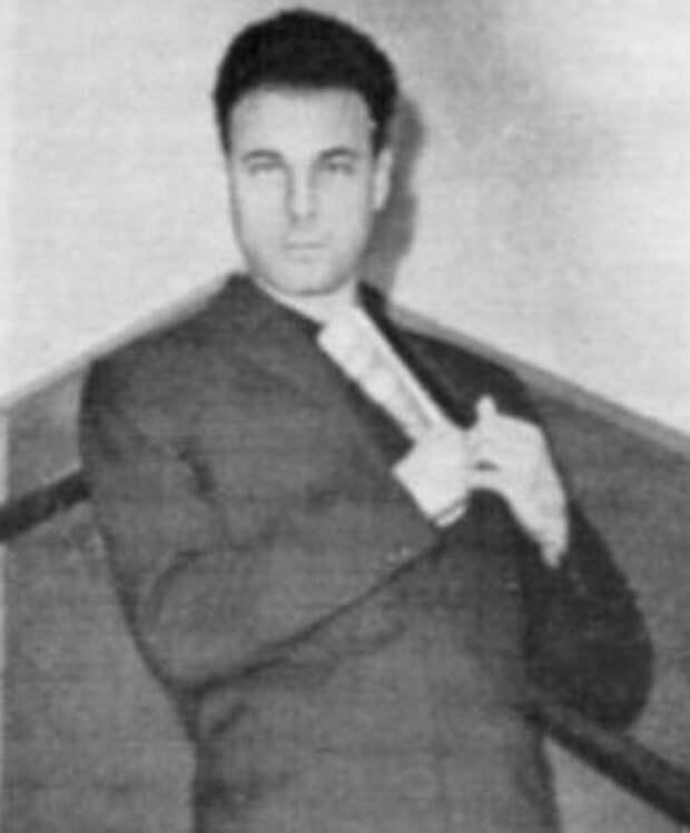Богдан Сташинский.