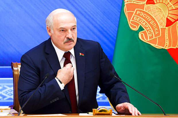 Лукашенко заявил о скором уходе с поста президента Белоруссии.