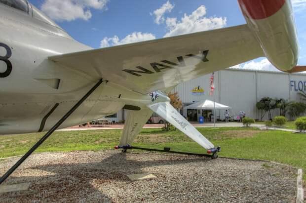 Sun n Fun 2010 ч.12:Lockheed XFV-1 самолет вертикального взлета из музея.