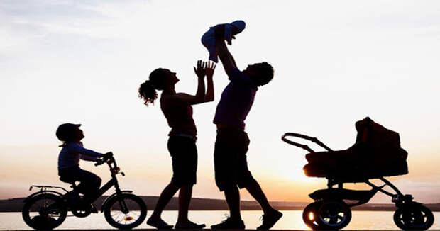 Для этих знаков зодиака семья является главным приоритетом