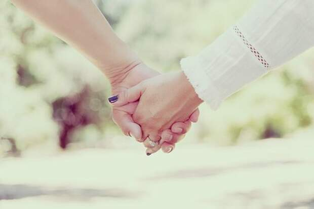 Изображение для иллюстрации , сайт Pixabay. Да прилепится жена к мужу, но все-таки нужно предупреждать, что приедете оба.