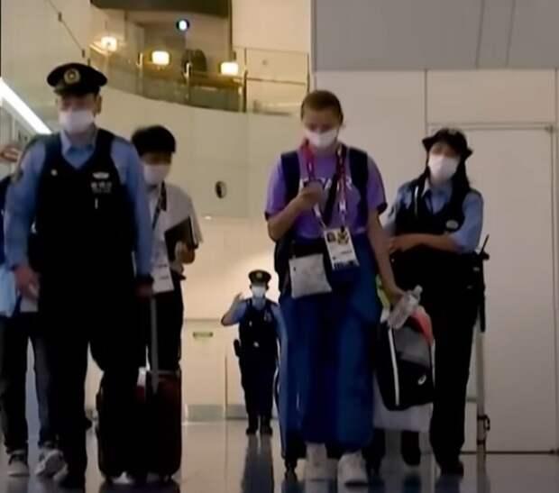 Тимановская сменила рейс, а еще двое белорусских легкоатлетов тоже решили не возвращаться домой