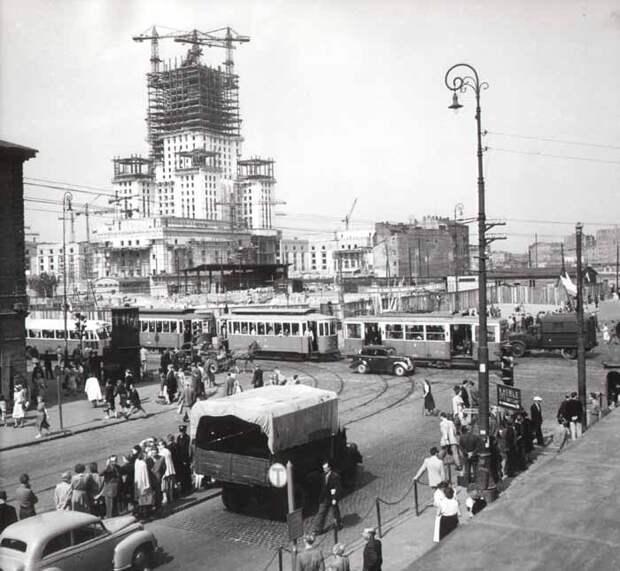 Строительство здания в Варшаве. /Фото:pkin.pl