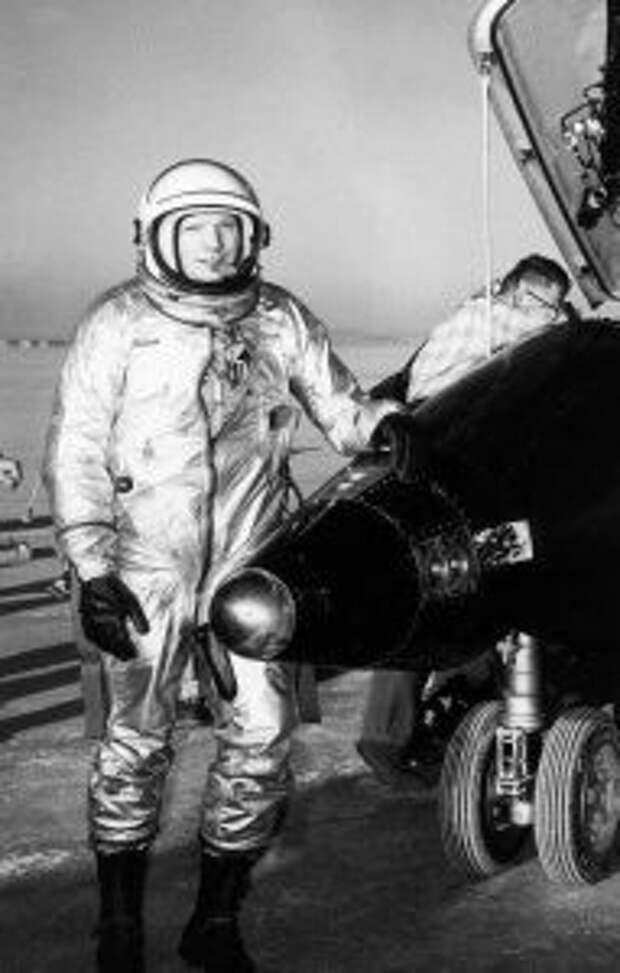 космонавтика, физика, ракетоноситель