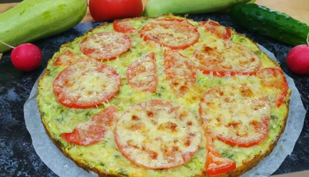 Идеальное летнее блюдо: аппетитная пицца из кабачков!