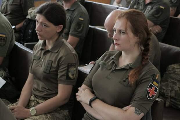 Украинская барышня в ожидании американского рыцаря, или Сколько времени без поддержки от США продержатся ВСУ