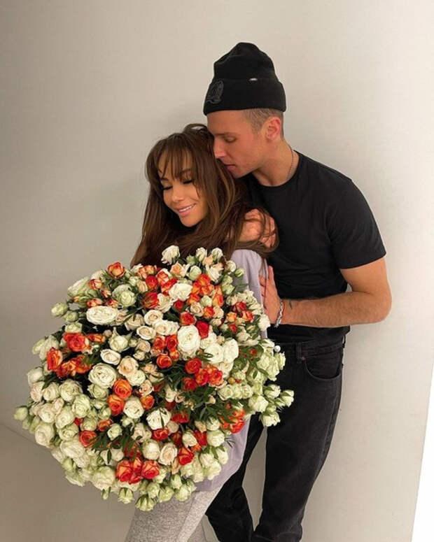 Олег Майами подтвердил расставание с Айзой
