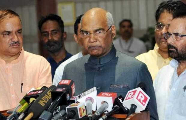 Президент Индии сообщил о размещении новых войск на границе с Китаем