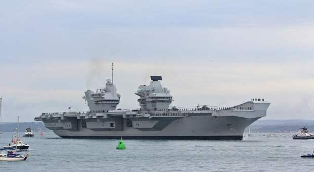 Дырявый авианосец, истребитель-проблема, толстая БМП и золотой эсминец – это НАТО