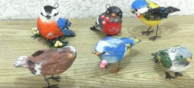 Чудесные птички из салфеток и фольги