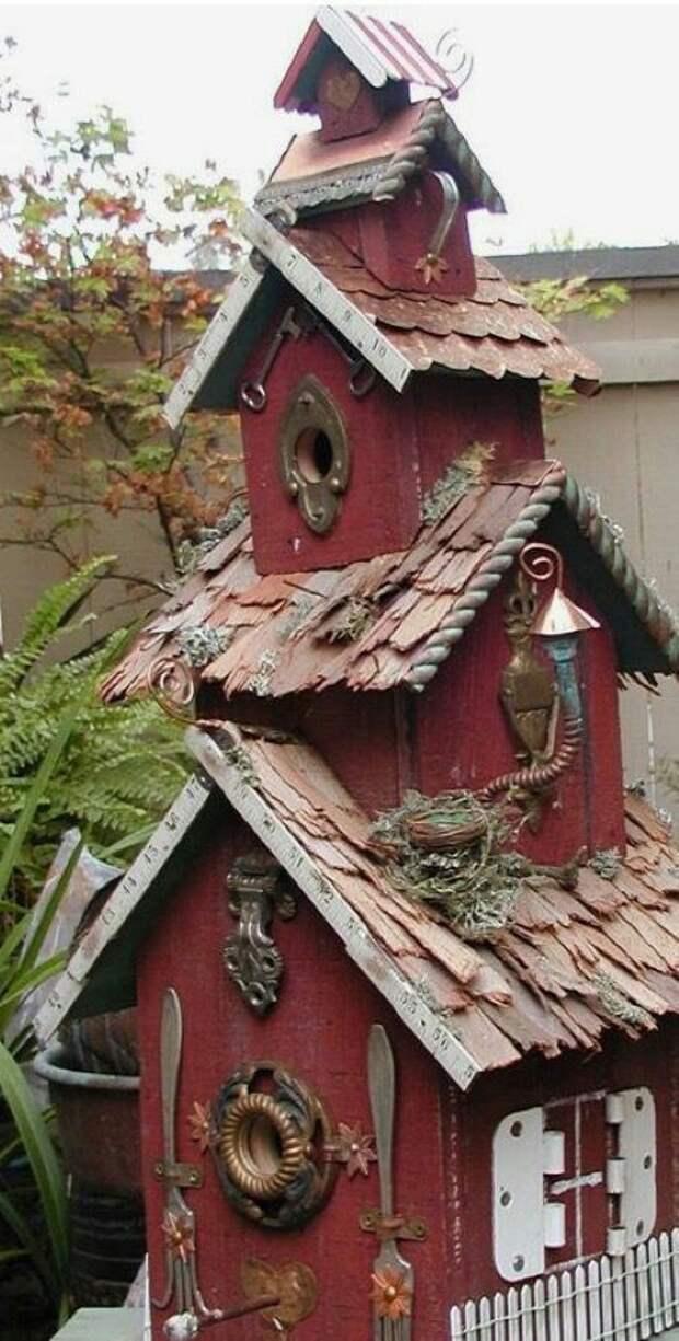 Дача для птиц (трехэтажная)