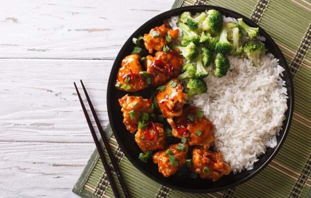 Китайские палочки, сиеста и еще 20 полезных пищевых привычек, которые стоит перенять у иностранцев