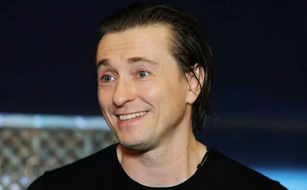 «Русских лучше не задевать»: Сергей Безруков ответил западным провокаторам