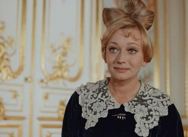 Анненкову сыграла начинающая польская актриса Эва Шикульска // Фото: omn-omn-omn.ru
