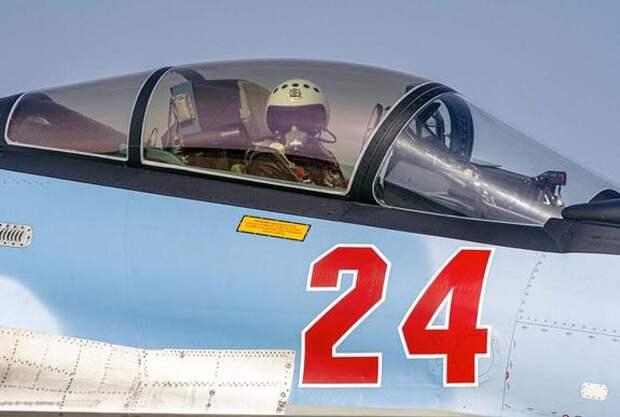 Появилось видео сброса фотоосветительных бомб ВКС России на джихадистов в сирийском Идлибе