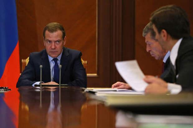 Дмитрий Медведев отчитался о ликвидации мест ДТП