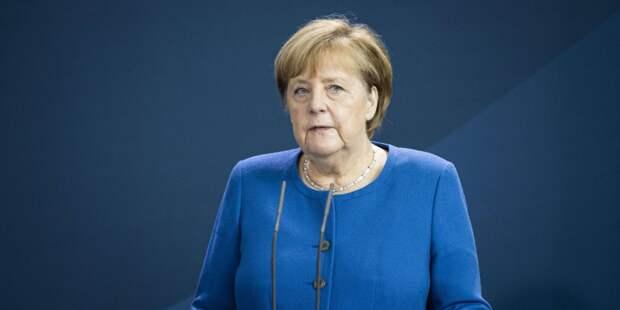 Меркель посетит Россию