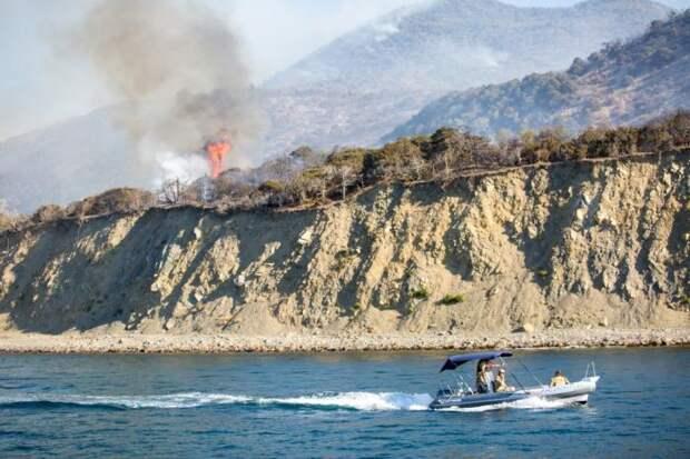 Из окрестностей Анапы эвакуировали уже около тысячи туристов