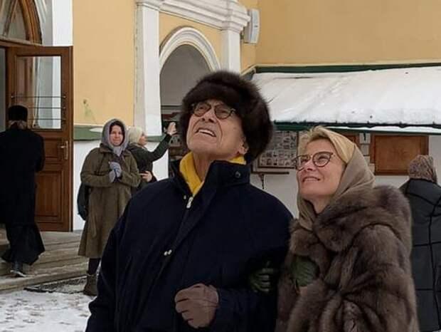 Зачем Кончаловский и Высоцкая решили повенчаться через 20 лет?