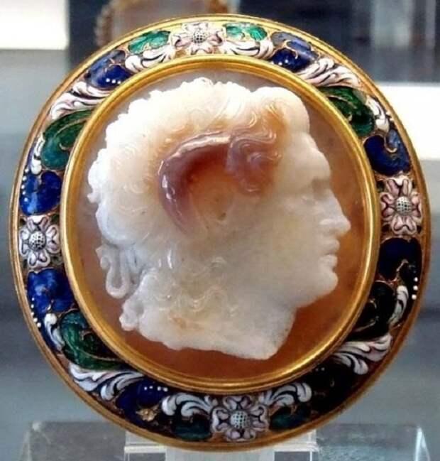 Камея «Александр Македонский»