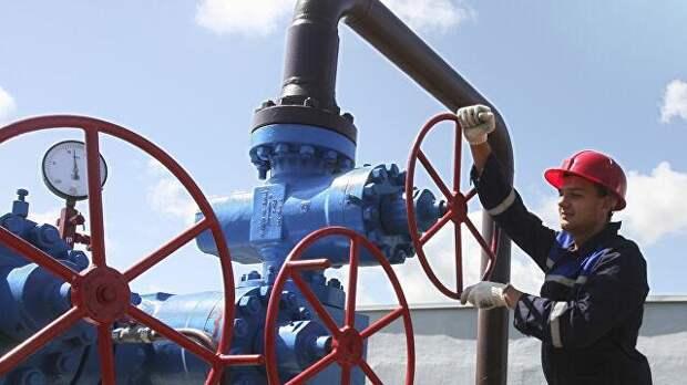 Wена на газ в Европе приблизилась к рекордным 500 долларам за тысячу кубометров