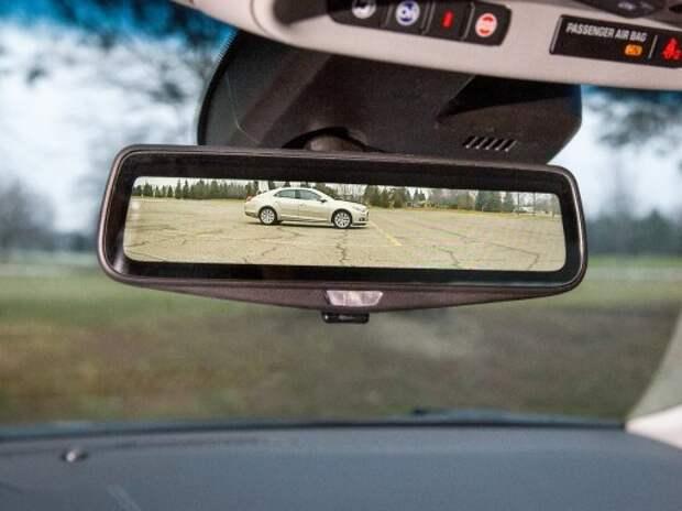 Cadillac представит зеркало заднего вида с потоковым видео