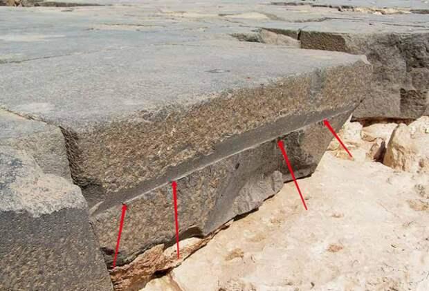 Фото взято с https://lah.ru/exped/verhnij-hram-velikoj-piramidy/
