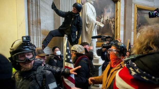 Голос Мордора: Поджог Рейхстага по-американски