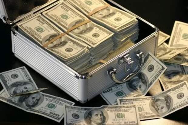 Минфин завершил вывод доллара из ФНБ